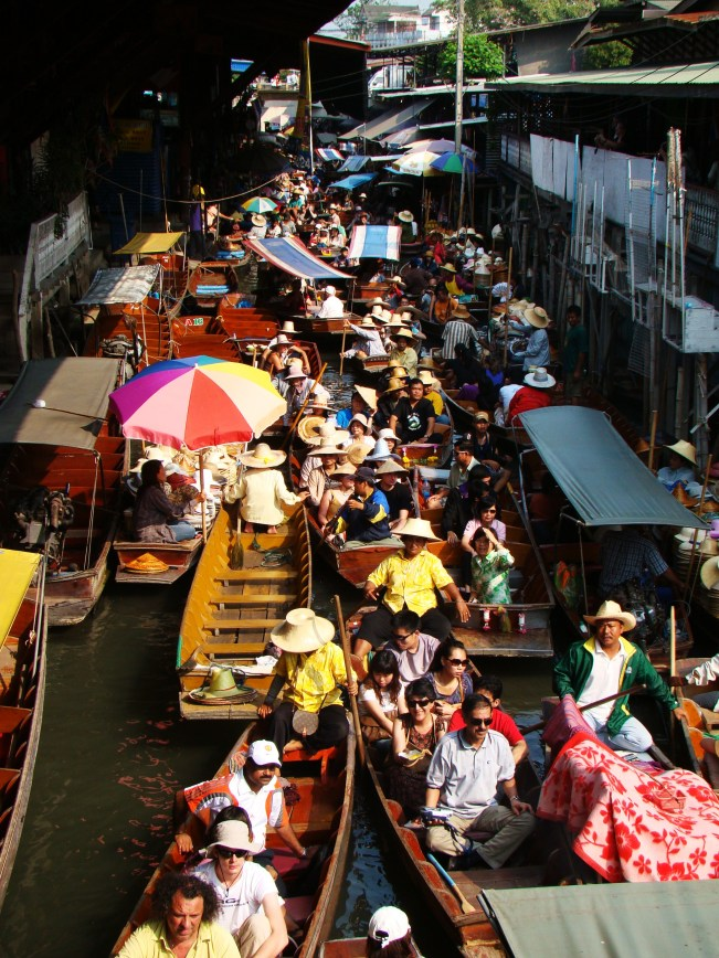 The Floating Market is one of the most visited tourist sites on the outskirts of Bangkok
