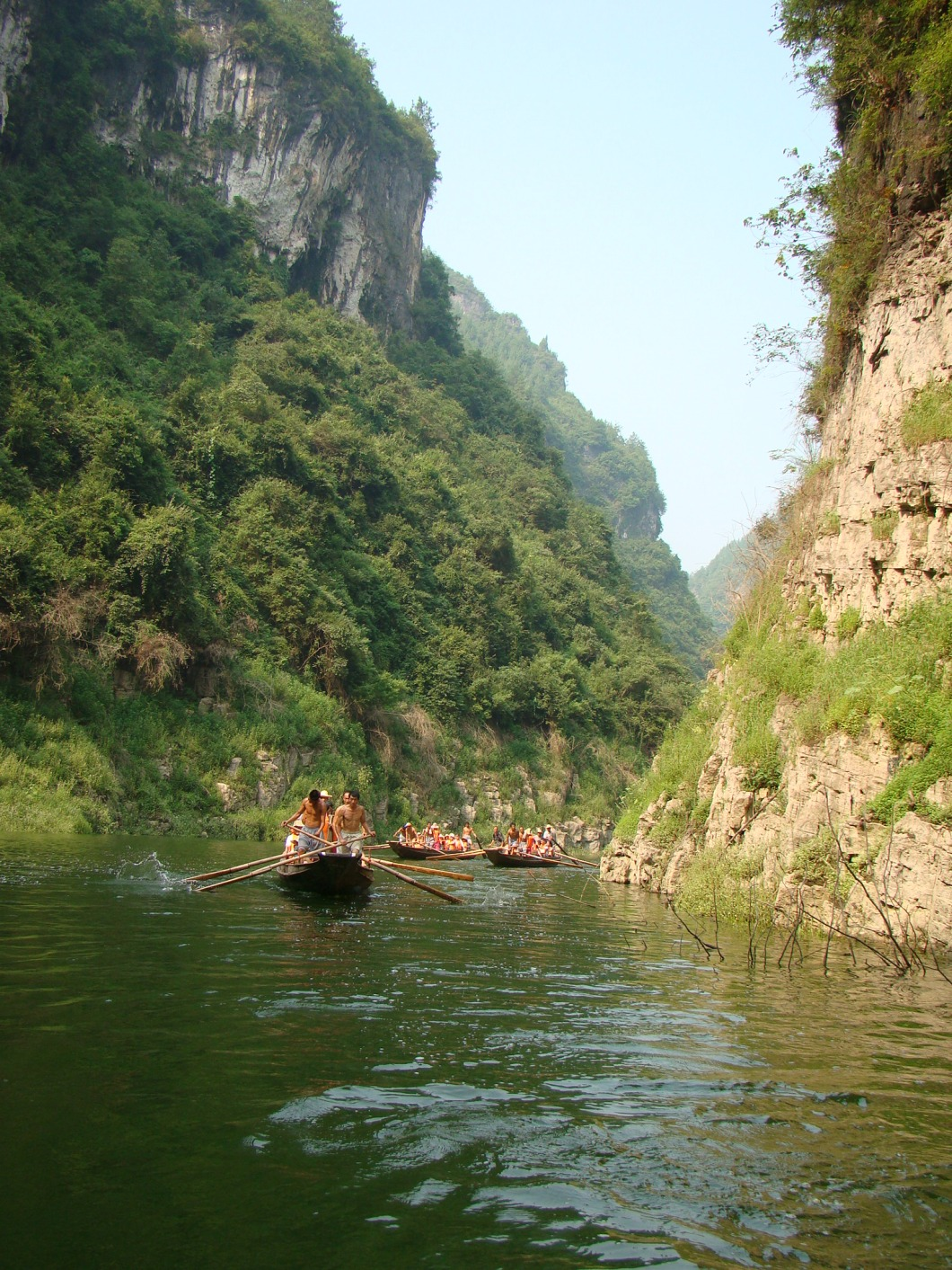 Floating down the amazing Shennong Stream