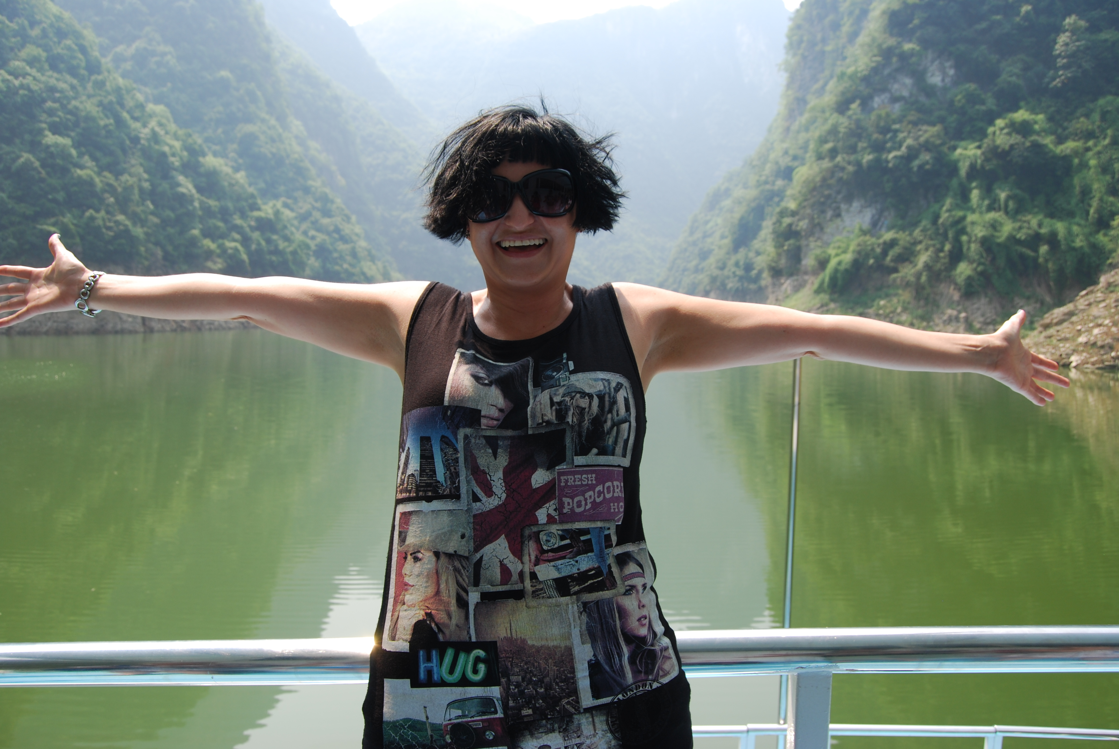 Floating down the Gorges of the magnificent Yangzte River