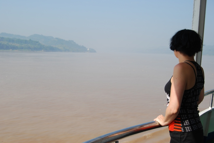 Cruising down the Magnificent Yangtze River