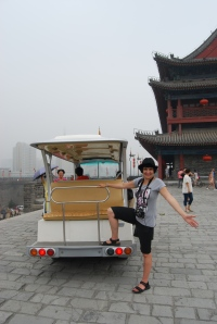 "Choosing the ""easy"" way to explore Xian City Wall"