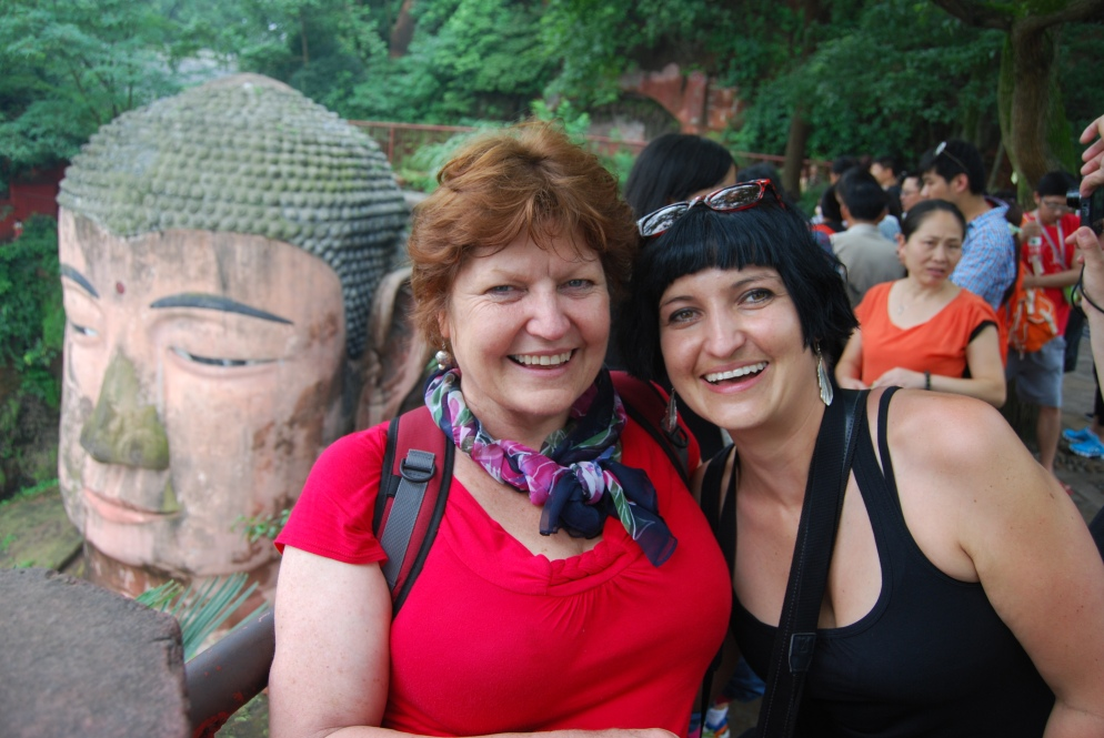 The Giant Buddha, mom and me!