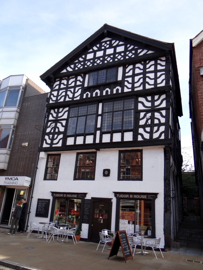 The very crooked Tudor House