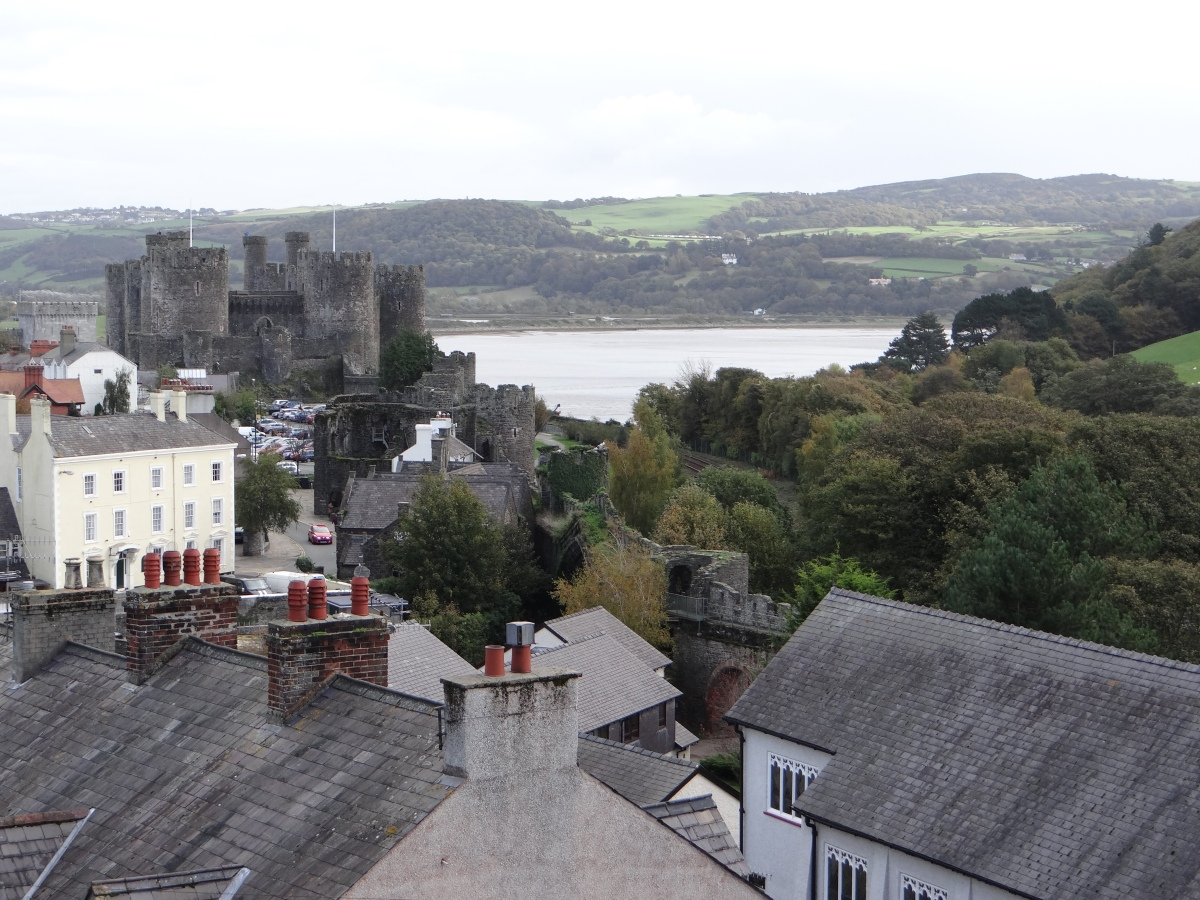 Walking the steep and narrow Medieval Town Walls of Conwy in Wales