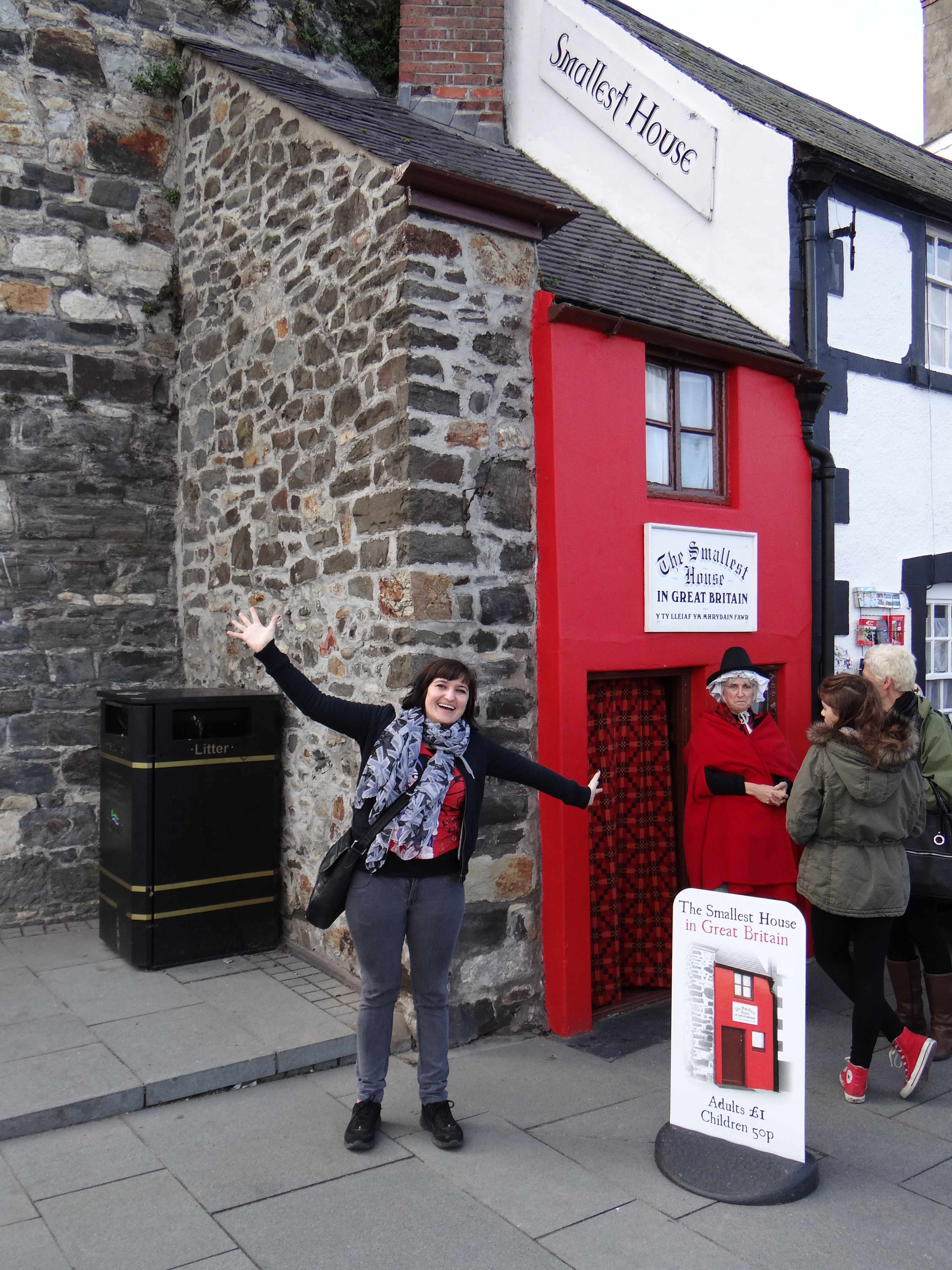 Smallest House In The World 2013 Inside quay house in conwy, wales is the smallest house in britain