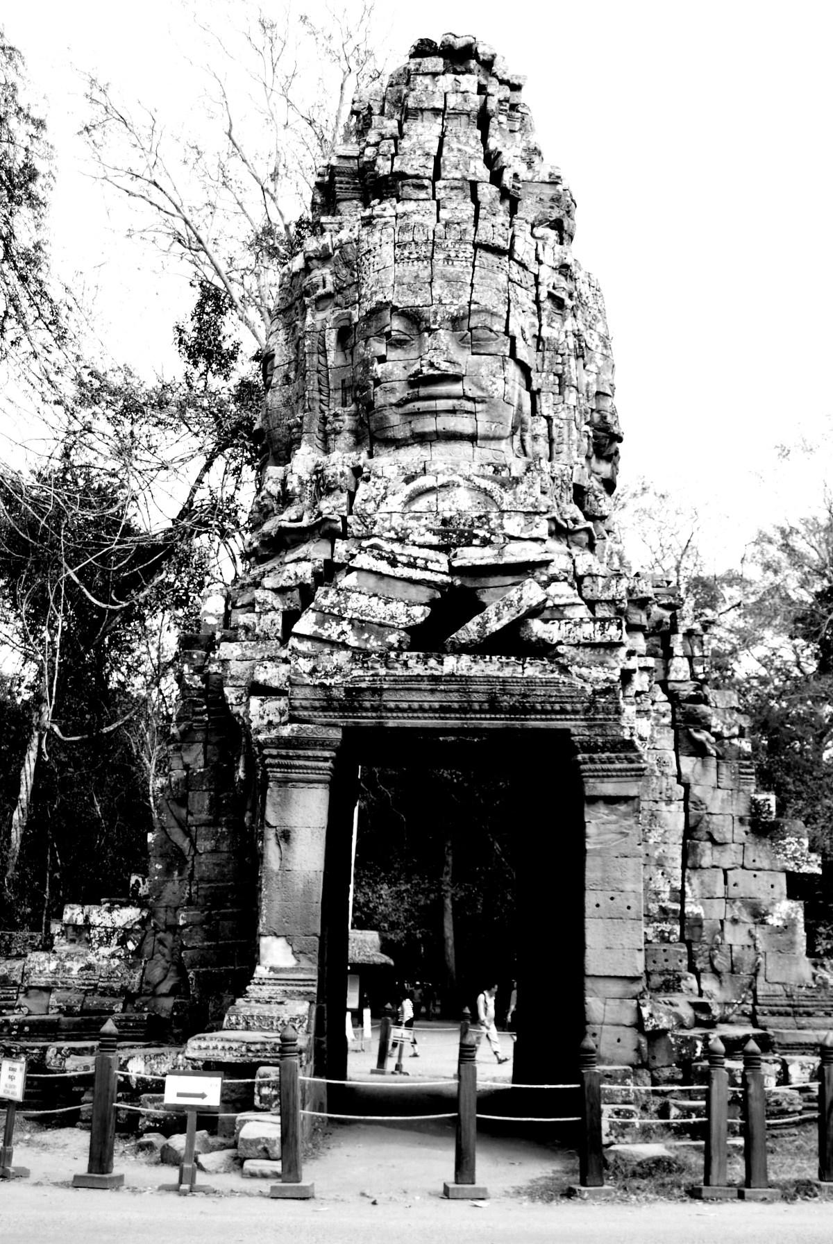 The Grandiose Entrances to AngkorThom
