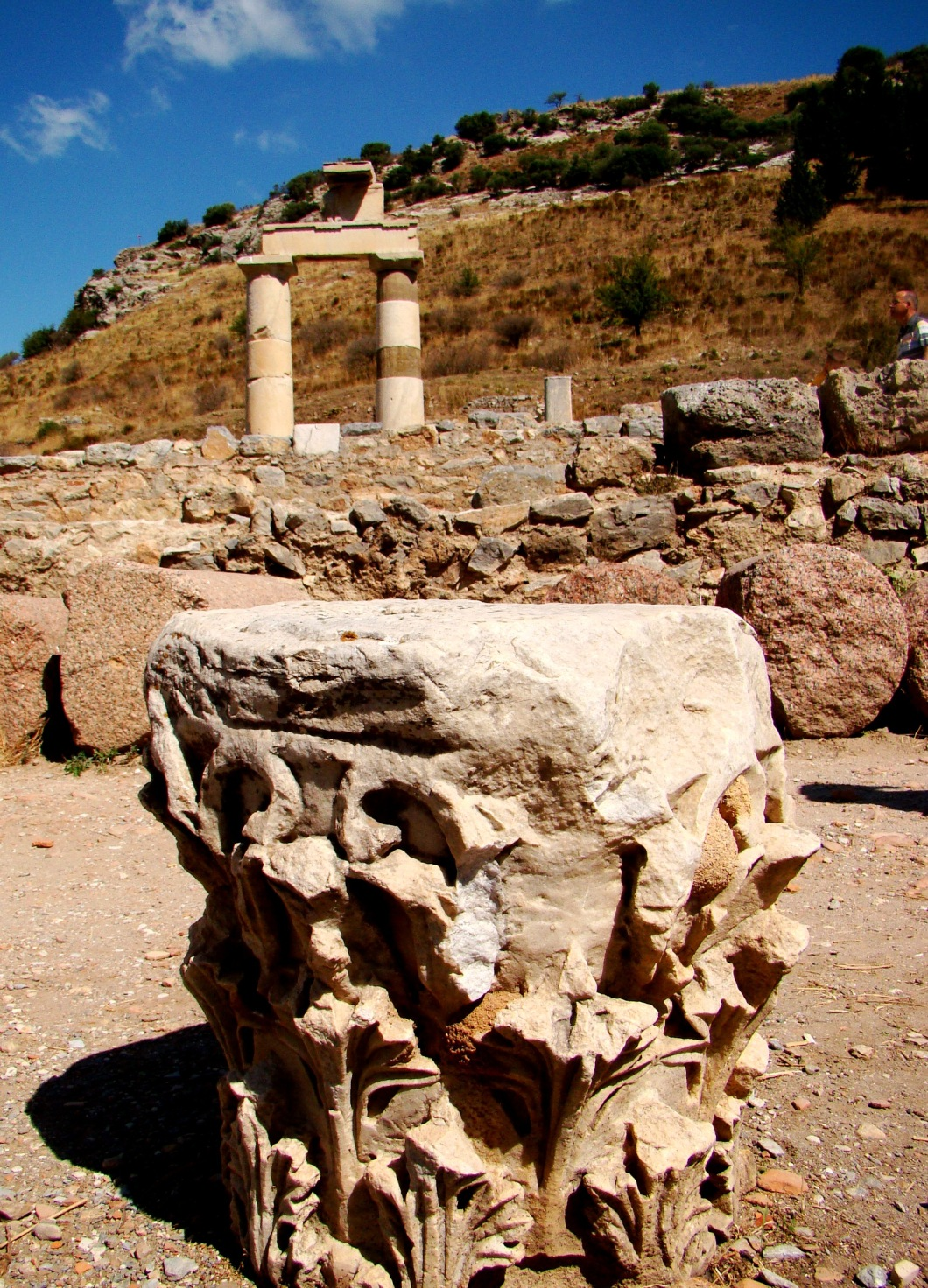 Behind the basilica is the Prytaneion, where religious ceremonies , official receptions and banquets were held. The sacred flame symbolizing the heart of Ephesus was kept constantly alight in the Prytaneion.