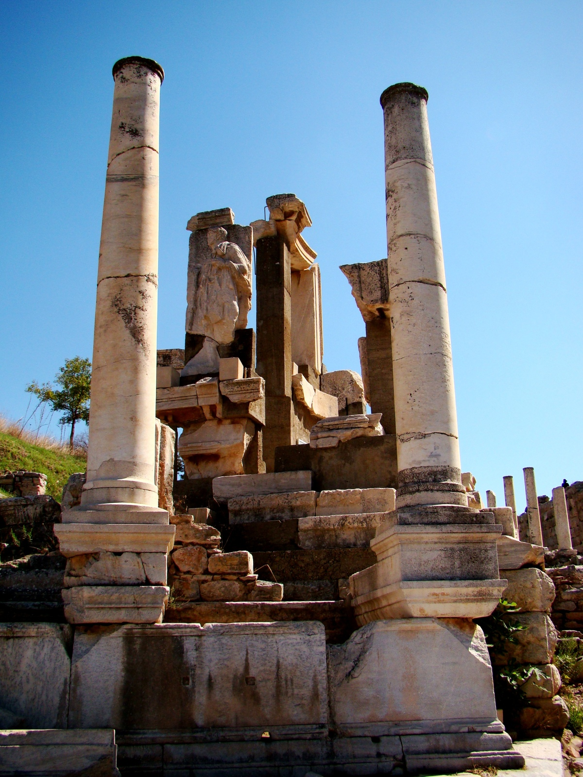 Ephesus home to one of the Seven Wonders of the AncientWorld