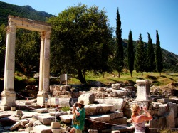 Hadrian's Gate is located at the junction of the Curetes Street and the Marble Street.
