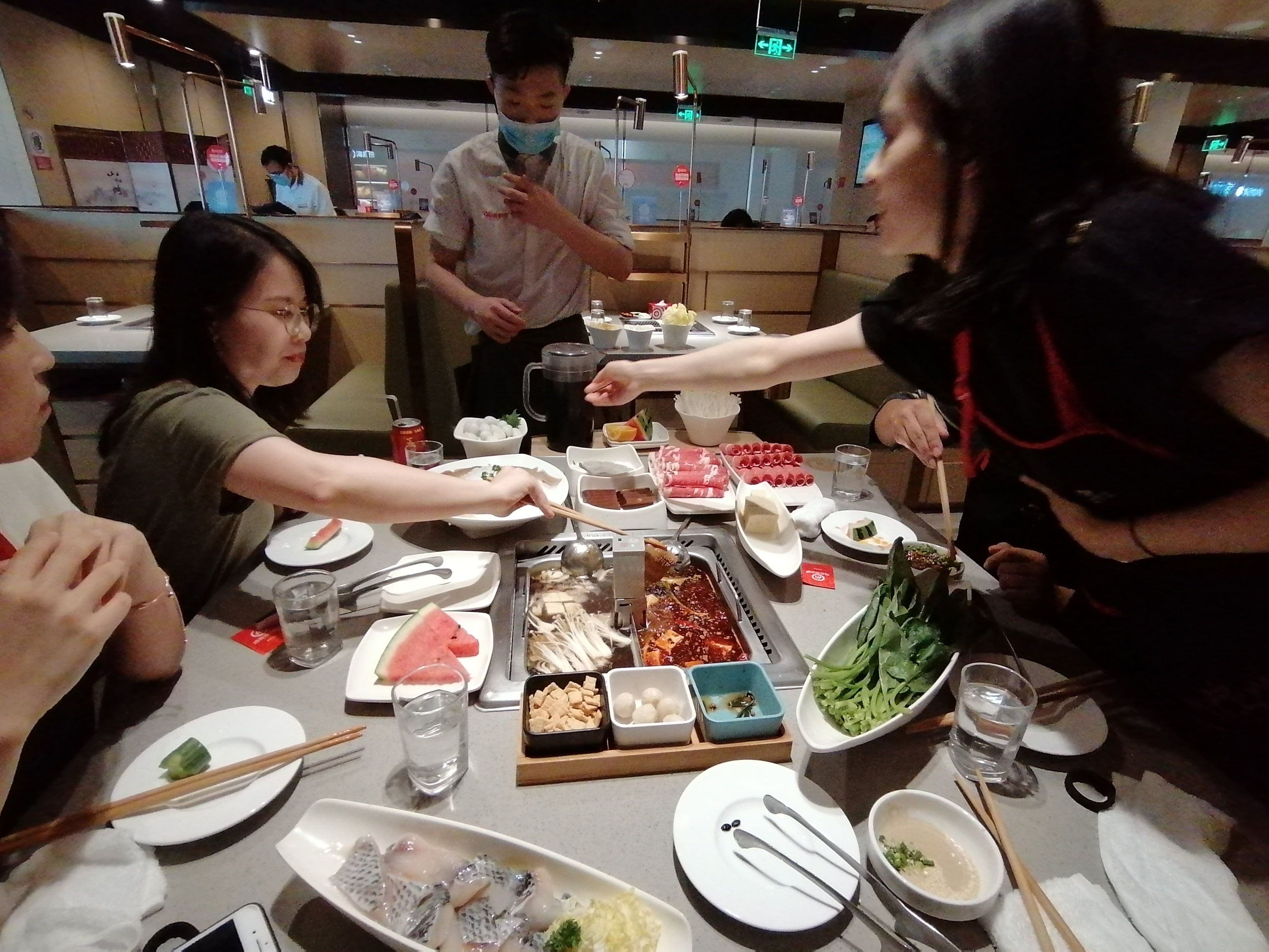 5 Reasons to eat Hotpot in Shanghai