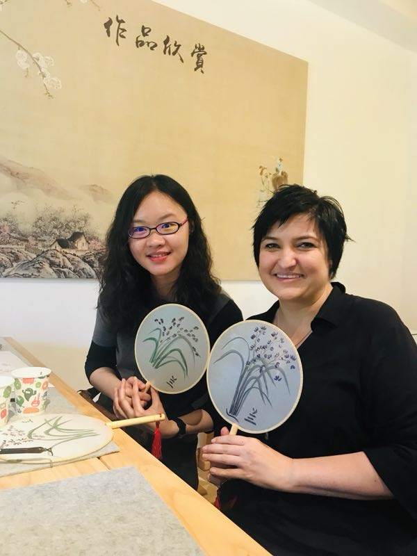 Making a Traditional Chinese 团扇Tuanshan ( round silk fan)